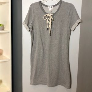 Comfortable shift dress with tie top